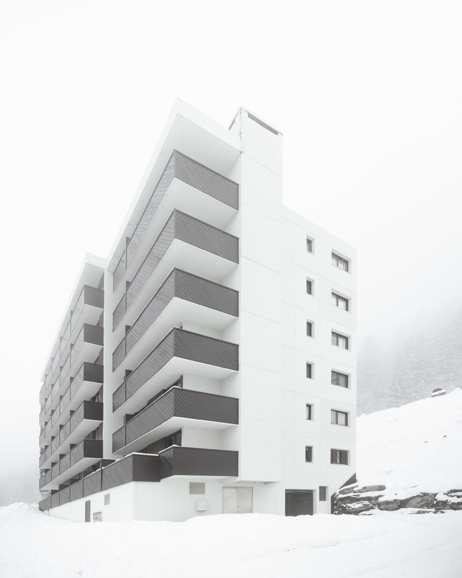 <p><strong>marcel breuer flaine france</strong></p> <p>© valentin jeck</p>